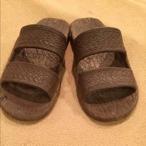 GUC Sz 4 Girl (Not Toddler) Brown Slip On Sandals